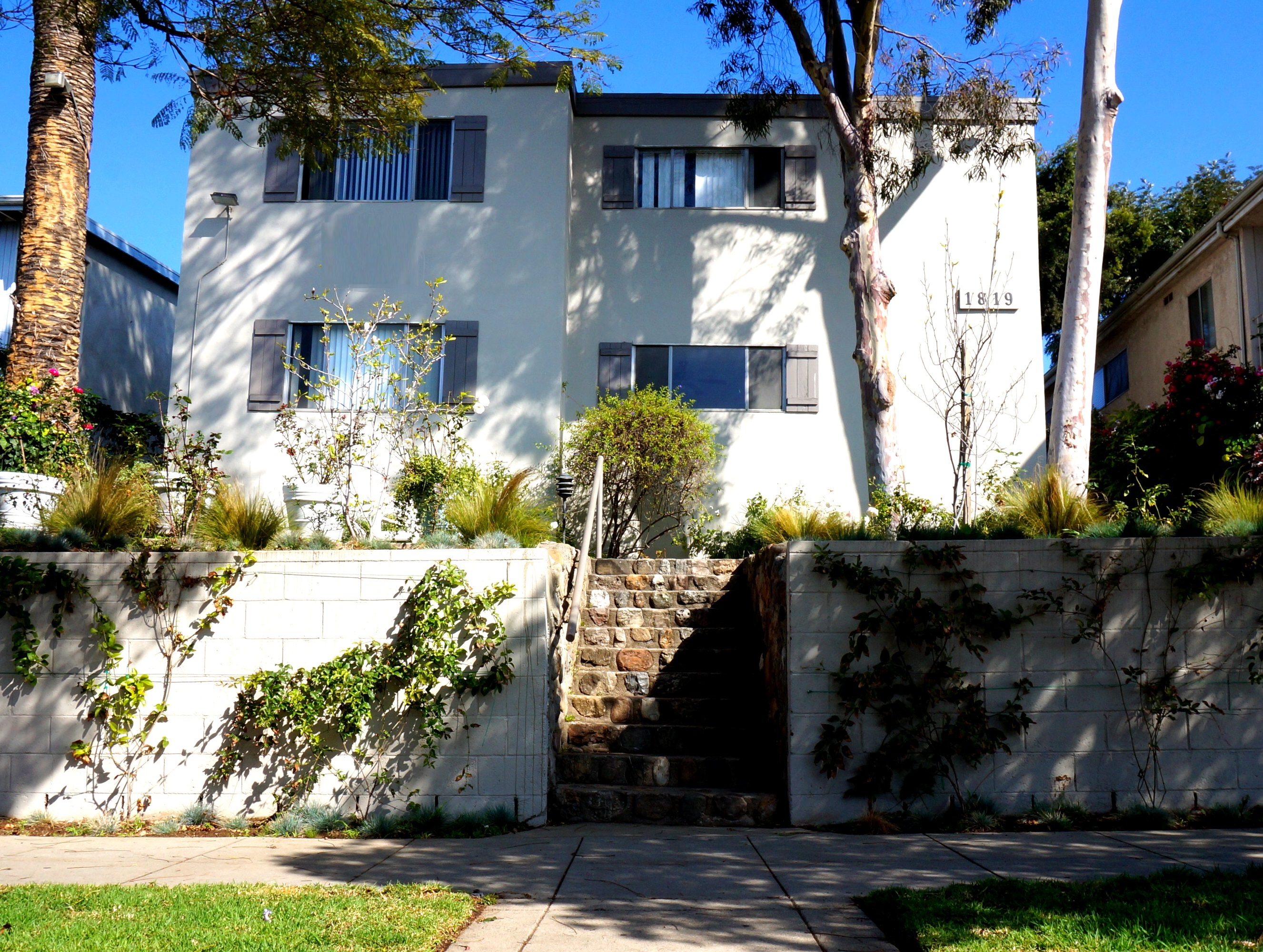 1819 12th St., Santa Monica, CA 90404