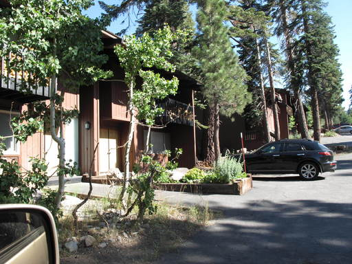 221 Canyon Blvd., Mammoth Lakes, 93546
