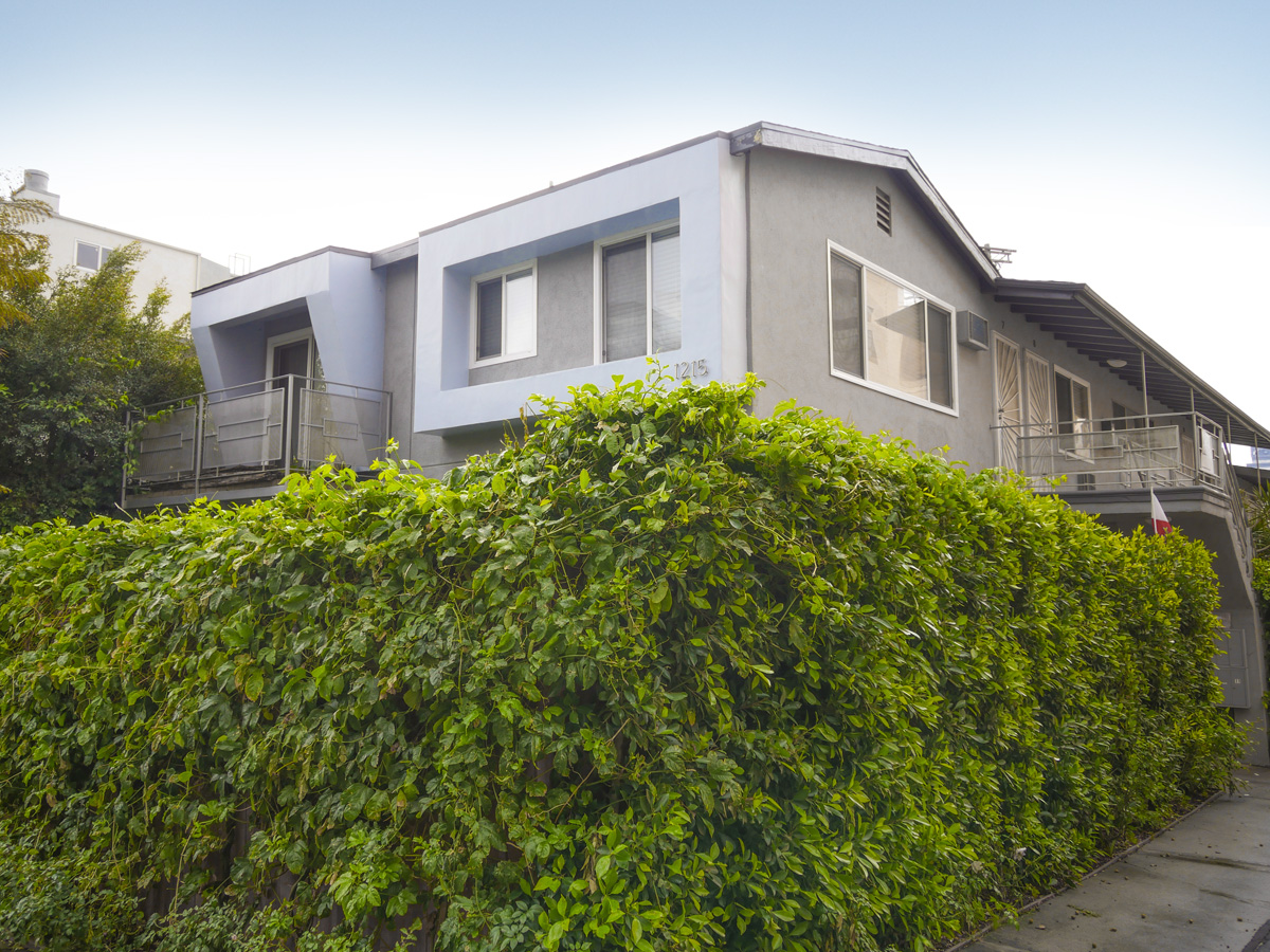 1215 Granville Ave., Brentwood, CA 90049